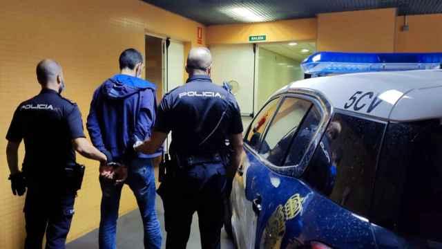 Detenido tras atracar una ferretería en Alicante y amenazar a las dependientas con unas tijeras