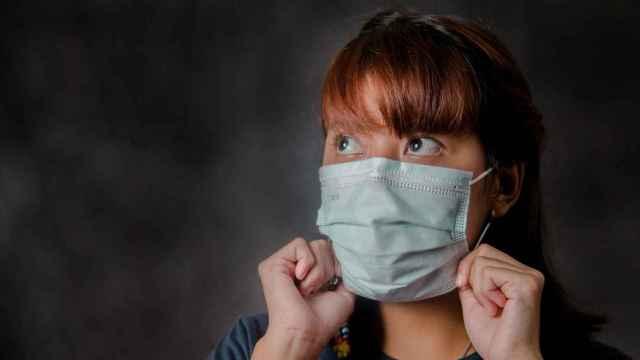 Sanidad podría adaptar su protocolo para que la mascarilla no sea obligatoria al aire libre en los colegios