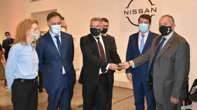 Entrega del Nissan al Museo de la Automoción de Salamanca