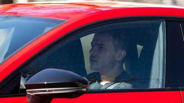 Lucas Hernández, en su coche