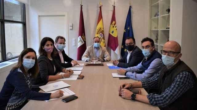 El alcalde de Albacete se compromete a seguir mejorando Campollano