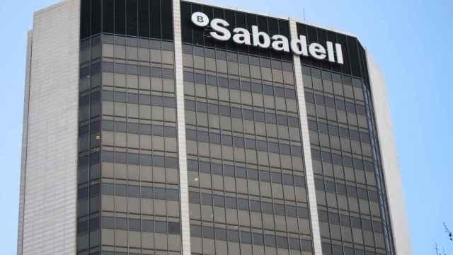 Banco Sabadell se apunta al autoconsumo: entra en Doctor Energy con un 25%