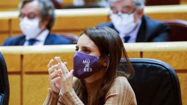La ministra de Igualdad, Irene Montero, durante el pleno del Senado, este martes en Madrid.