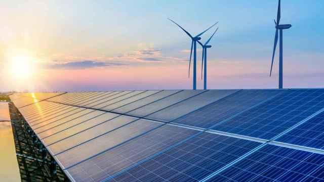Las eléctricas ocultan tras su enfado con el Gobierno el escaso interés por la subasta de renovables