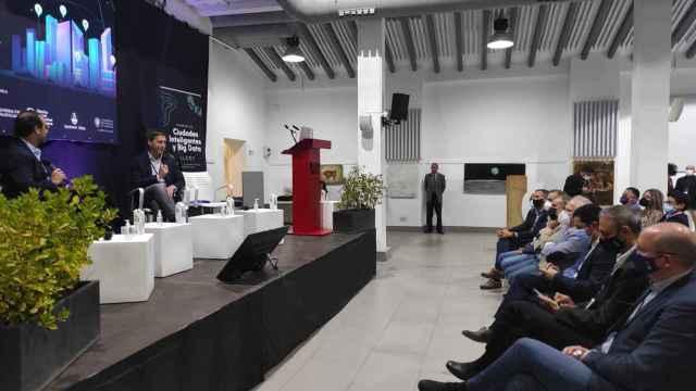 Iñaki Berenguer apuesta en Alcoi por la ambición local para crear las nuevas empresas globales.