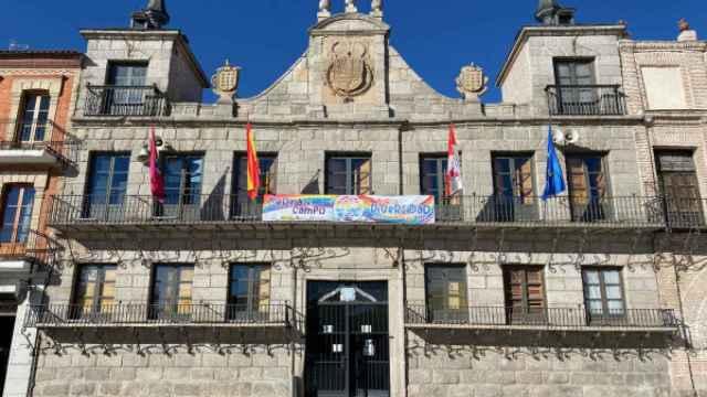 Imagen de la fachada del Ayuntamiento de Medina del Campo