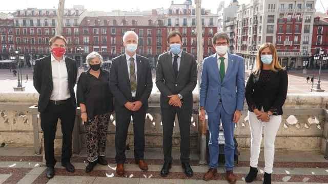 Los representantes de los ayuntamientos de 'Ciudades Conectadas'