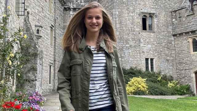 La princesa Leonor en su colegio de Gales.