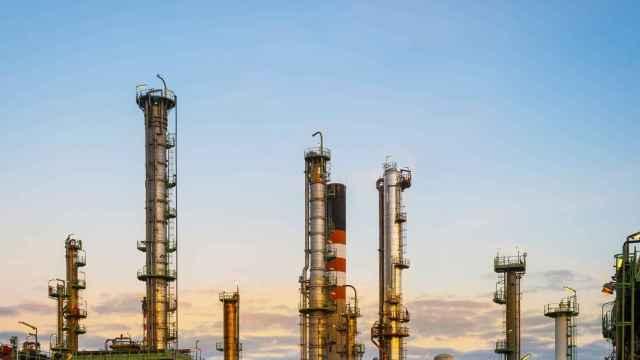 La refinería de Repsol en A Coruña fabrica biocombustible con aceite de cocina usado