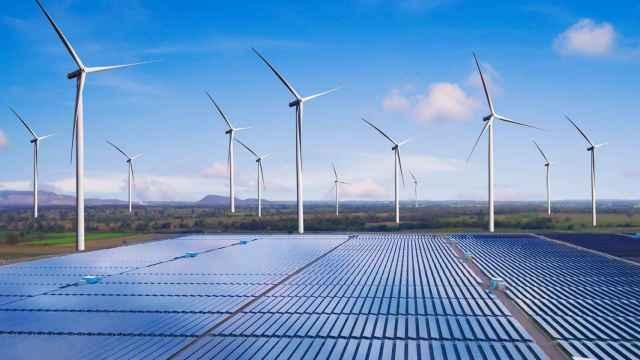 El Gobierno no agilizará los trámites a eólicas y solares para no enfrentarse al mundo rural anti-renovable