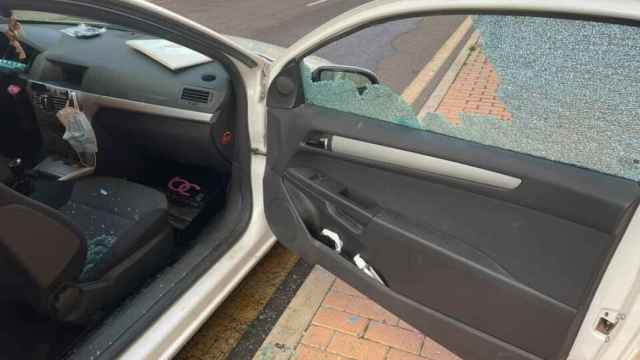 Así quedaba el vehículo tras el robo al lado de la estación de autobuses de Zamora