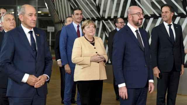 Pedro Sánchez, en la foto de despedida de Merkel en el Consejo Europeo de Bruselas