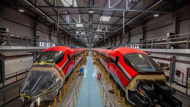 Trenes de Ilsa en mantenimiento.
