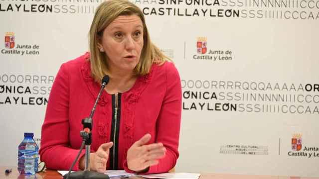 Isabel Blanco en la reunión con representantes de entidades locales
