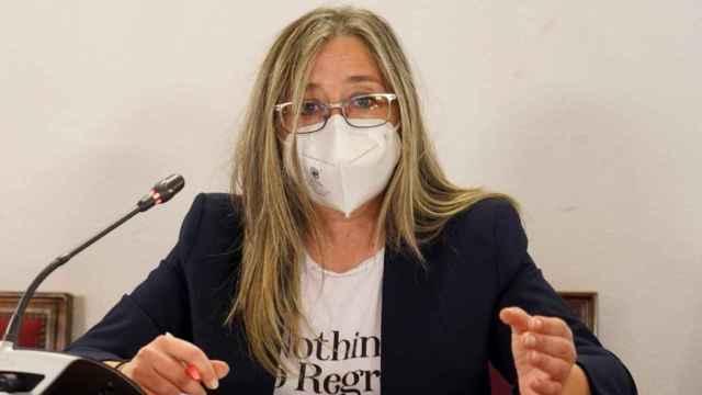 Carmen Aceves durante su discurso sobre la participación local en los fondos europeos