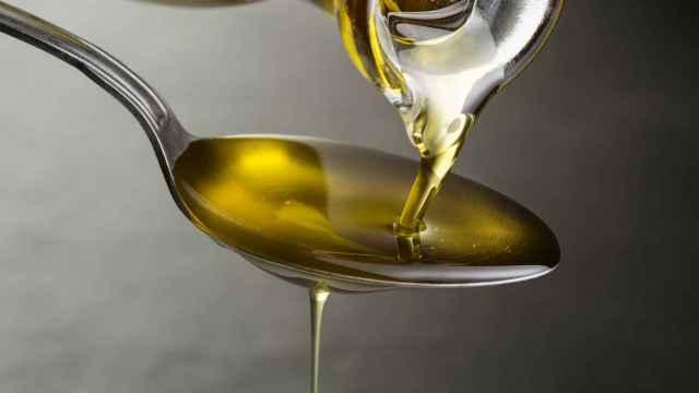 Una cucharada de aceite de oliva virgen extra.