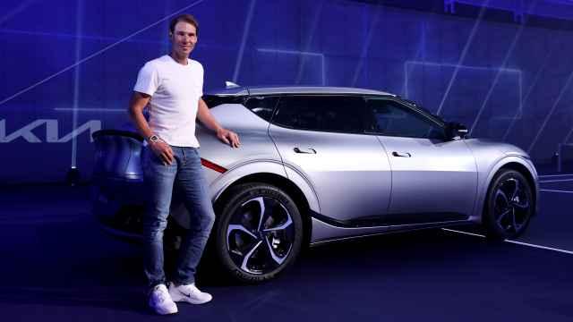 Rafa Nadal ya conduce un coche eléctrico; así es el Kia EV6 que disfruta en Mallorca