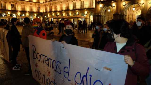 La concentración se ha celebrado en la Plaza Mayor de Salamanca