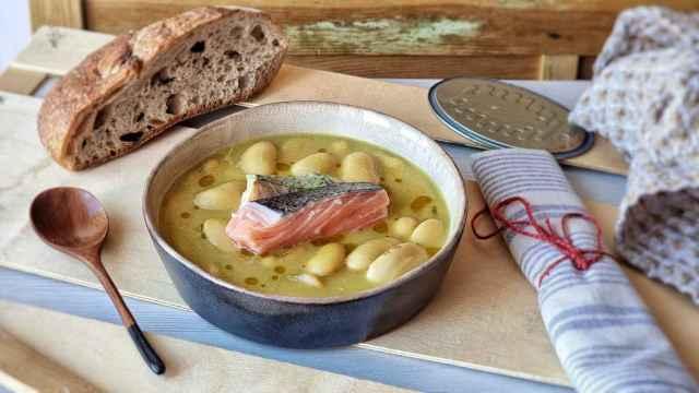 Judiones con salmón, una receta diferente  para comer legumbres