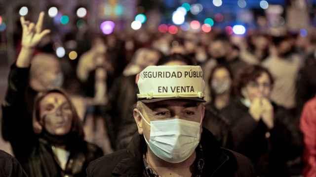 2.000 manifestantes de sindicatos policiales marchan por Barcelona este sábado.