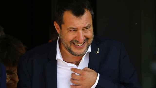 Matteo Salvini saliendo de la primera sesión del juicio este sábado en Palermo.