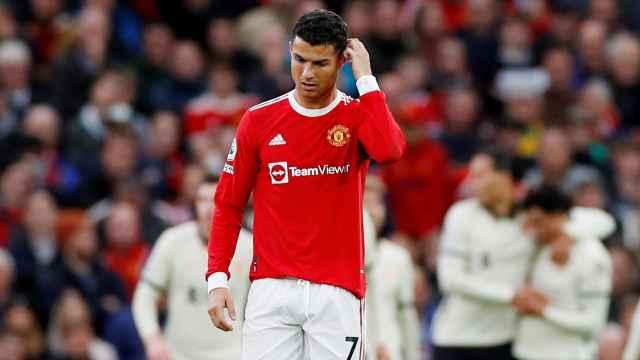 Las imágenes del deporte: Cristiano Ronaldo señala a sus compañeros tras la humillación ante el Liverpool