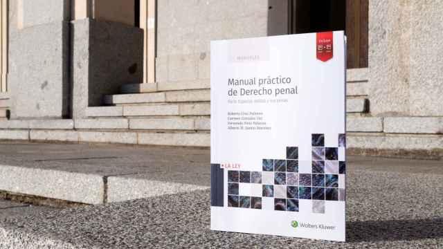 Presentación del 'Manual práctico de Derecho Penal' publicado por los docentes de la Universidad Isabel I