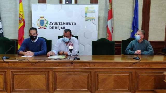 De izda a dcha Miguel García, José Ángel Castellano y Salvador Benito