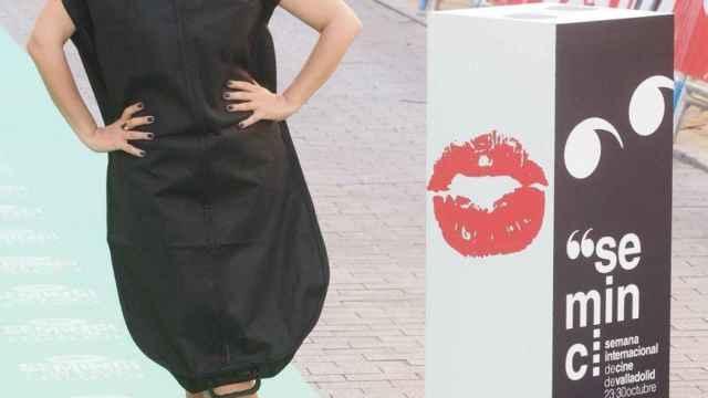 Ana Morgade con un portatrajes como vestido de gala en la Seminci | EP