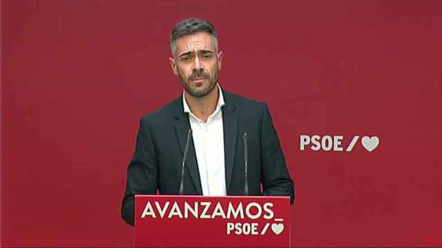 Felipe Sicilia, portavoz de la Ejecutiva del PSOE, en rueda de prensa.