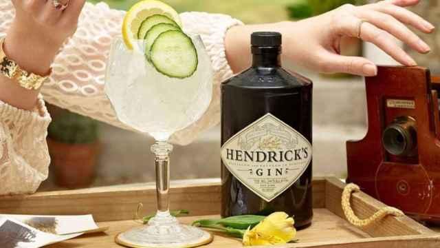 Ginebra Hendrick's.