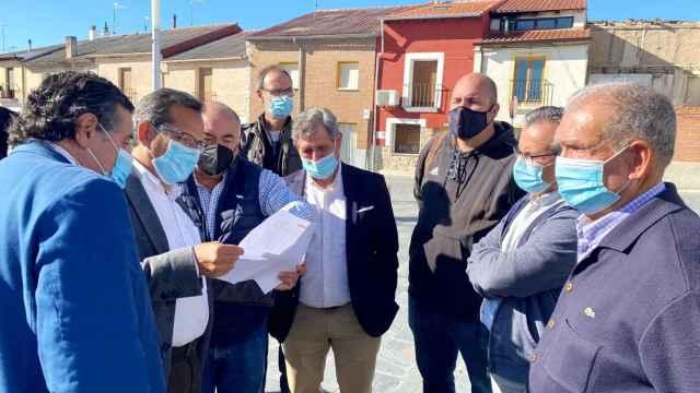 Presentación del bono rural de transporte en Sardón de Duero