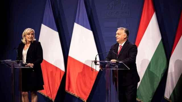 Viktor Orbán y Marine Le Pen, en la rueda de prensa de hoy.