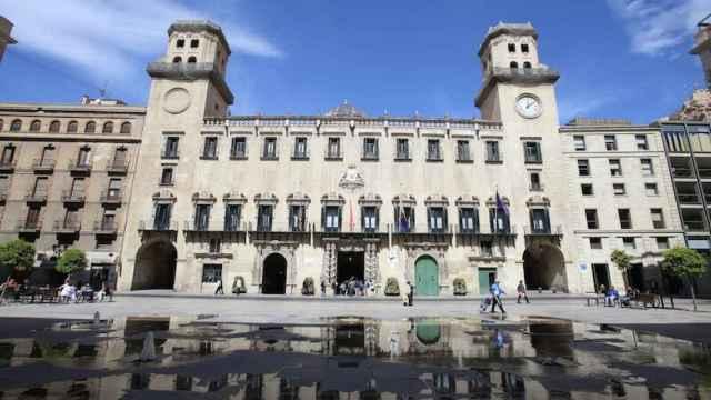 Antiguo edificio del Ayuntamiento de Alicante, en imagen de archivo.