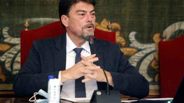 Luis Barcala en el debate sobre el estado de la ciudad de Alicante.