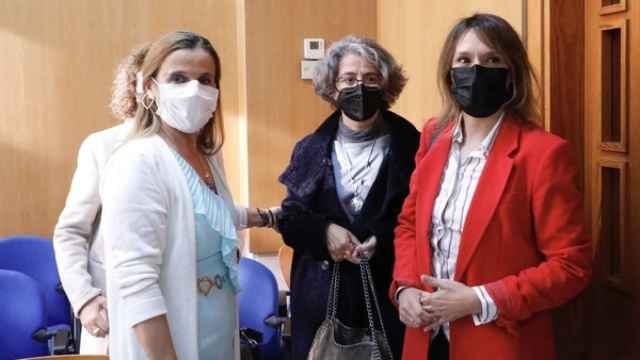 Rocío Lucas participó en la presentación del libro de la profesora Esther del Brío