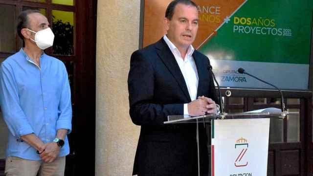Francisco Requejo y José Luis Prieto Calderón durante el balance de los dos años del nuevo gobierno de la Diputación de Zamora