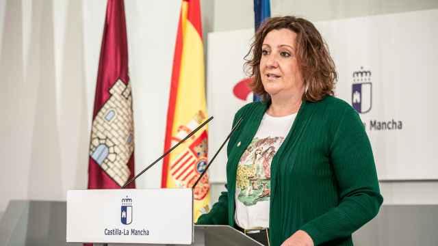 Patricia Franco, consejera de Economía, Empresas y Empleo, en la rueda de prensa del Consejo de Gobierno. Foto: JCCM