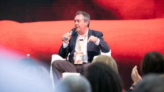 El secretario general del PSOE-A, Juan Espadas, durante su intervención en el 40º Congreso Federal del PSOE.
