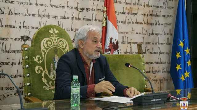 Manuel Burón, durante su comparecencia ante los medios