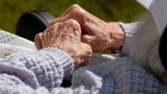 Muchas mujeres mayores de 60 años sufren en silencio la violencia machista.