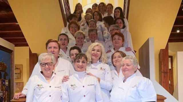 Cuarenta mujeres forman parte del Club de Guisanderas de Asturias.