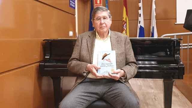 Alfredo Bryce Echenique, en la Sede de la UA en Alicante.