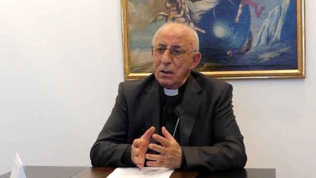 El obispo Atilano Rodríguez, en una entrevista con Europa Press